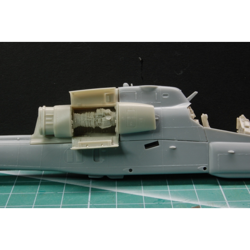 AH-1W Engine detail set