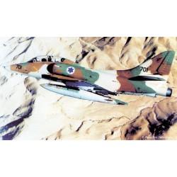 AC 48017  TA-4J prodloužená...